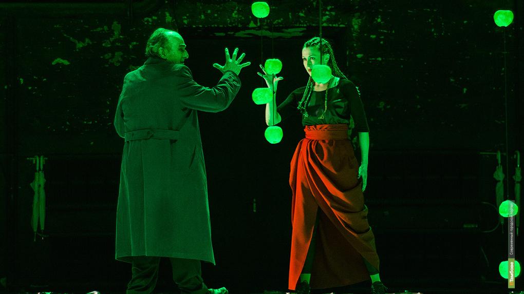 LEAR – одна из самых нестандартных и шокирующих постановок на сцене театра с рейтингом 18+