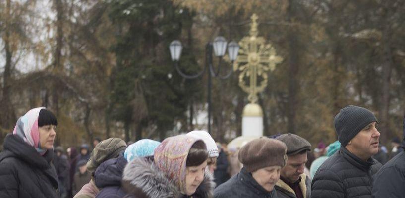 Во время крестного хода в Моршанске установили крест на месте утраченного храма