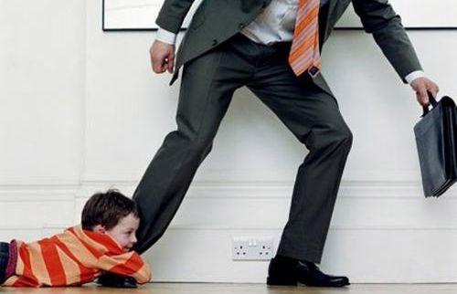 Во избежание уголовного наказания нерадивый отец расплатился по алиментам