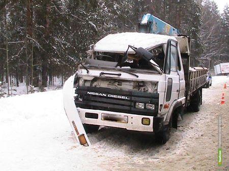 Два грузовика столкнулись под Тамбовом