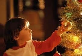 В ходе акции «Дерево добра» на подарки детям тамбовчане собрали 200 тысяч рублей