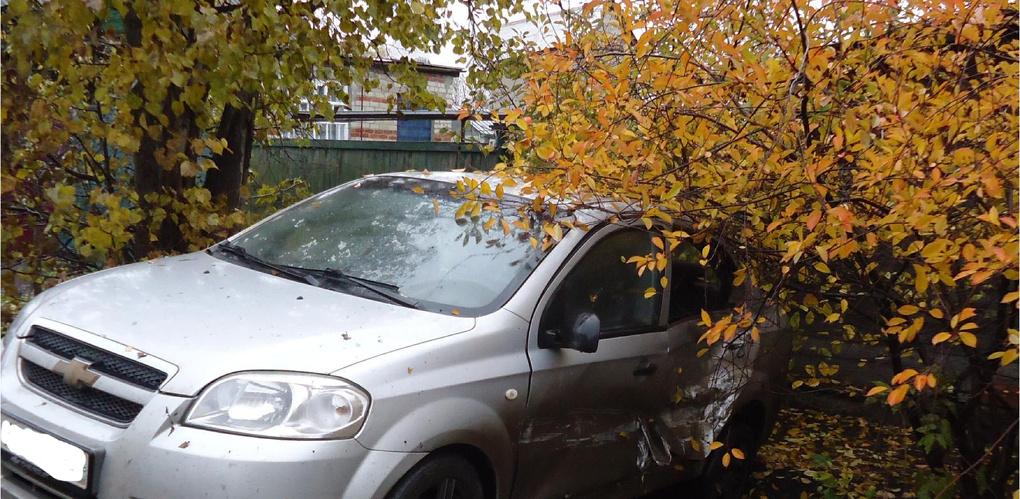 В Мичуринске «Нива» столкнулась с Chevrolet Aveo