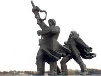 Министра Латвии не устроил политический вес советского памятника