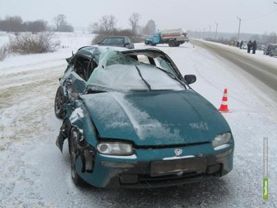 На Тамбовщине не разъехались грузовик и иномарка