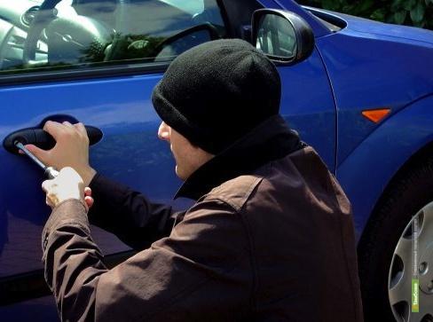 У москвича угнали автомобиль в Тамбовской области