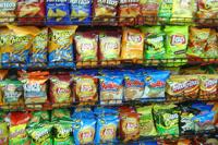 Депутаты запретят рекламировать чипсы и газировку