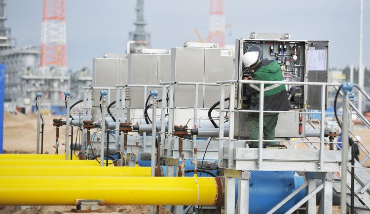 Индия хочет, чтобы газопровод из России в Китай дотянулся до ее границы