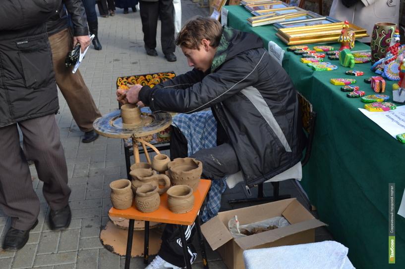 На Покровской ярмарке тамбовчанам показывают мастер-классы