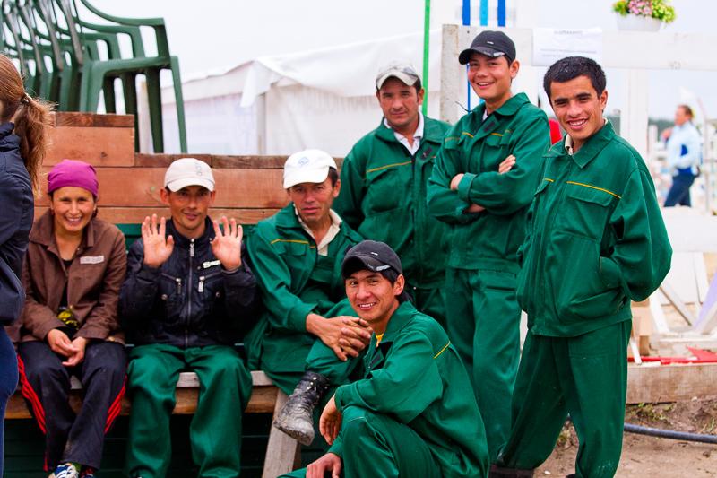 Мигранты и их дети получат гражданство в обмен на службу в армии