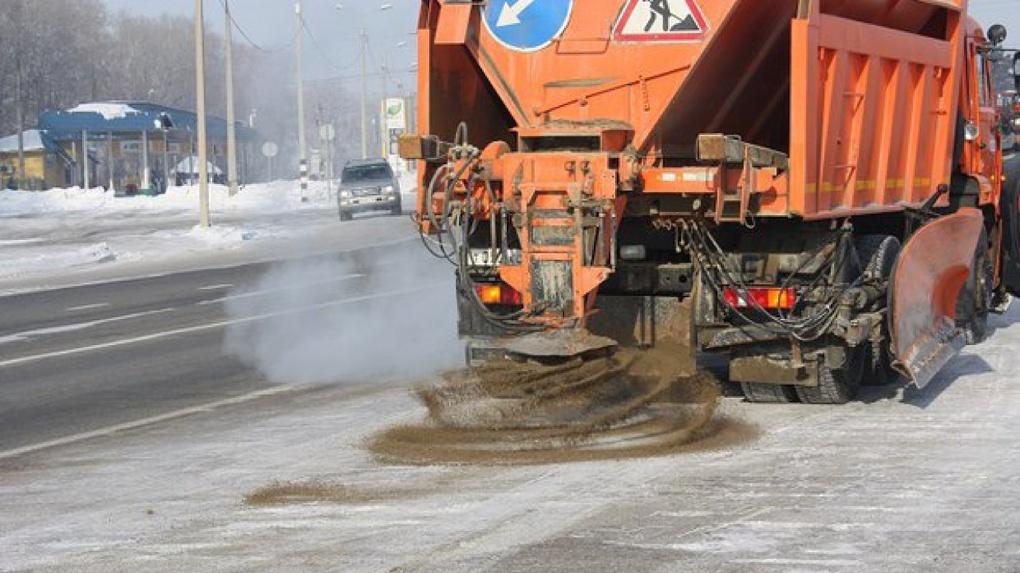 Из-за плохой погоды коммунальные службы перевели на усиленный режим работы