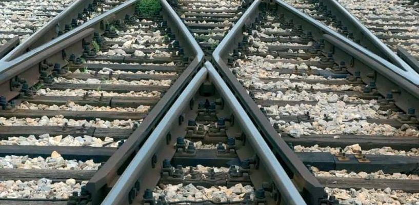 В Рассказовском районе пожилая женщина попала под поезд