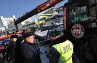 Депутат считает, что не надо эвакуировать машины, которые не мешают