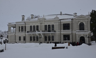 Рассказовцам показали обновленный дворец Асеевых