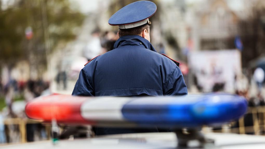 Не справился с управлением: в Первомайском районе мужчина упал с мопеда
