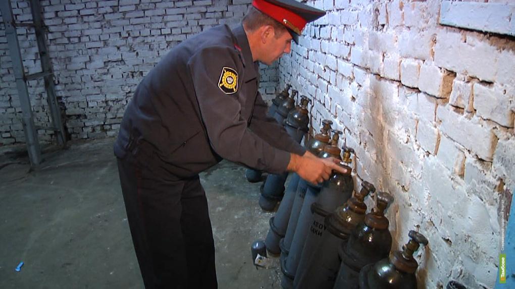 Полицейские Тамбова объявили охоту на «Веселящий газ»