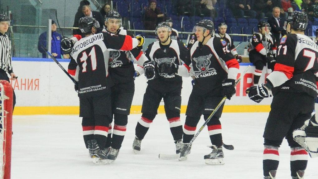 Тамбовские хоккеисты снова одержали победу: в этом сезоне они ни разу не проиграли Саратову