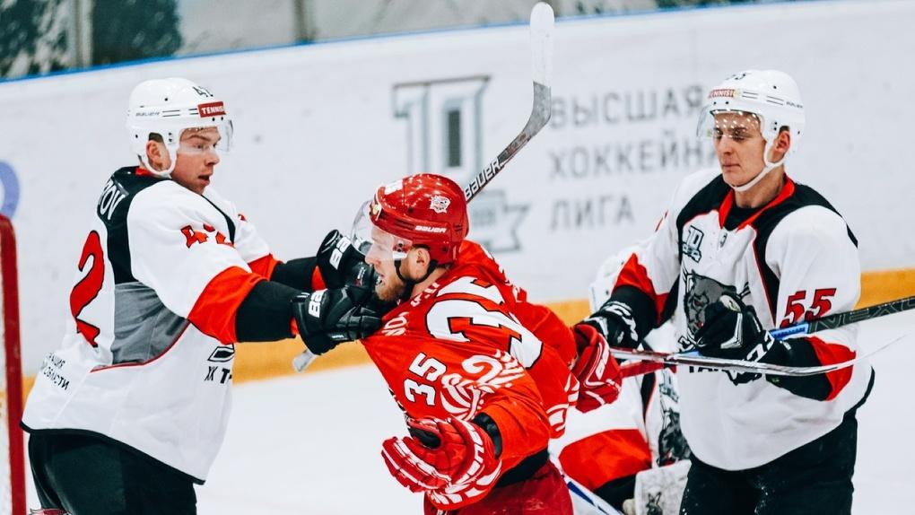 ХК «Тамбов» вел в счете, но уступил «Ростову»