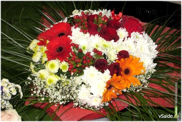 Тамбовские чиновники потратят на цветочные букеты 365 тысяч рублей