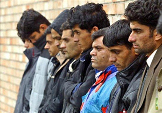 ДТП в Сампурском районе помогло приставам выявить нелегалов
