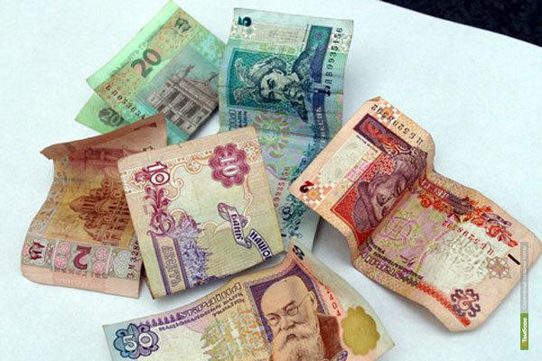 В Крыму россияне не могут поменять рубли на гривны