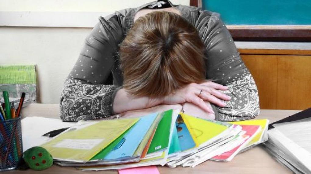 После работы… на работу: почти половина школьных учителей в стране вынуждена подрабатывать