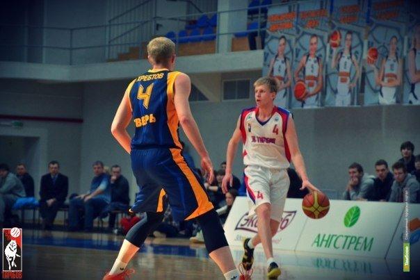 Тамбовские баскетболисты разгромили южан