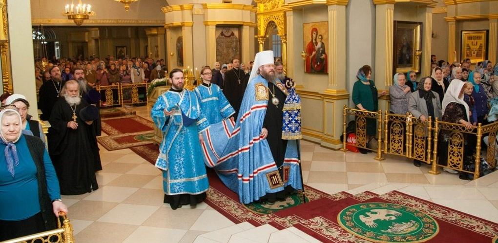 Православные тамбовчане празднуют Благовещение Пресвятой Богородицы