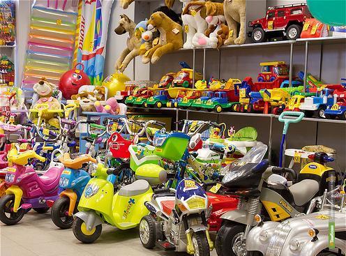 Тамбовские школьницы пытались украсть игрушки