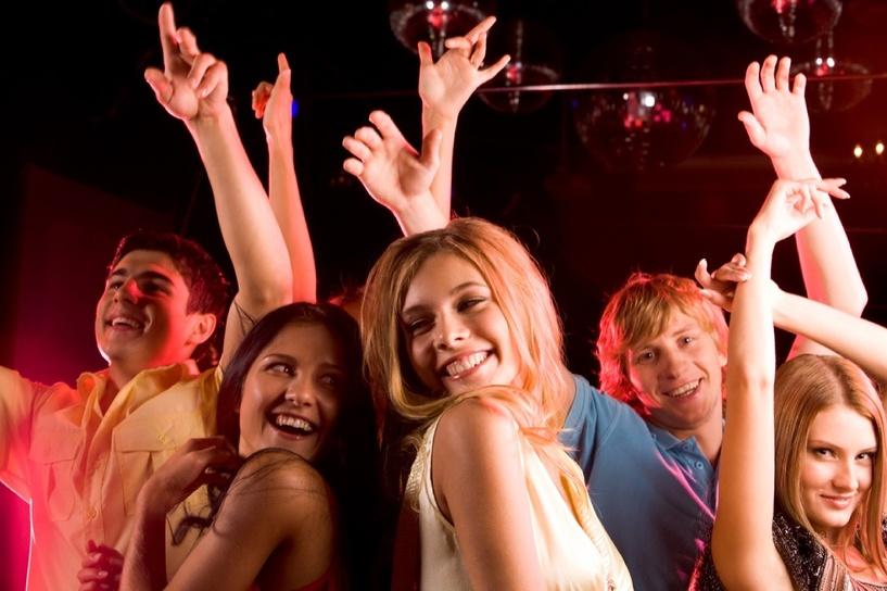 Выходные в Тамбове: слушаем песни из мультфильмов, отрываемся в клубе и узнаем необычные сказки