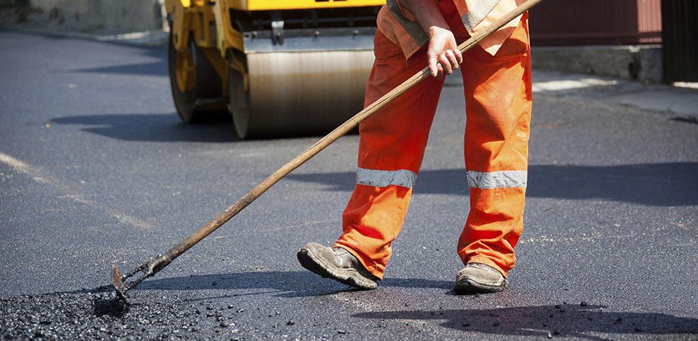 Губернатор Александр Никитин пообещал взять ремонт дорог под личный контроль