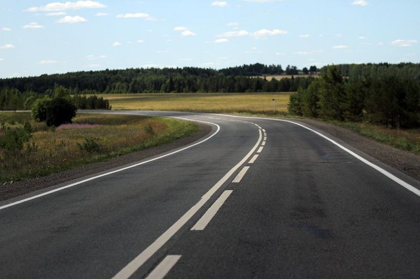 В России собираются убрать билборды со скоростных дорог