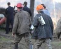 Три человека заблокированы после обрушения в шахте на Кузбассе