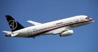 Медведев потребовал от авиакомпаний покупать российские самолеты