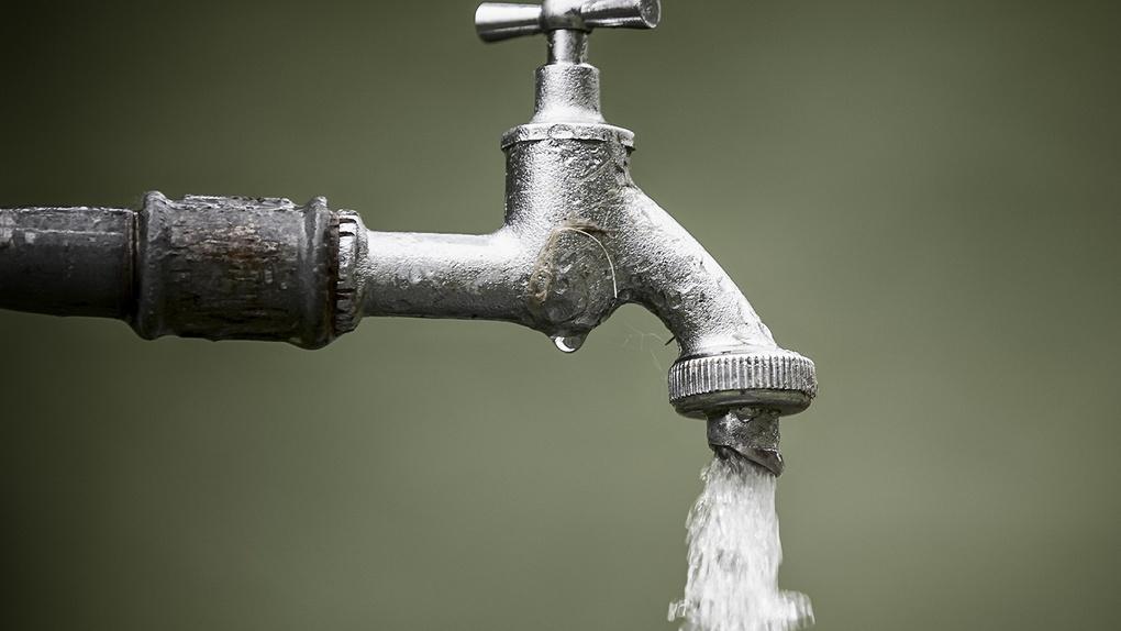Только в 8 домах из 231 температура горячей воды на выходе соответствует нормам