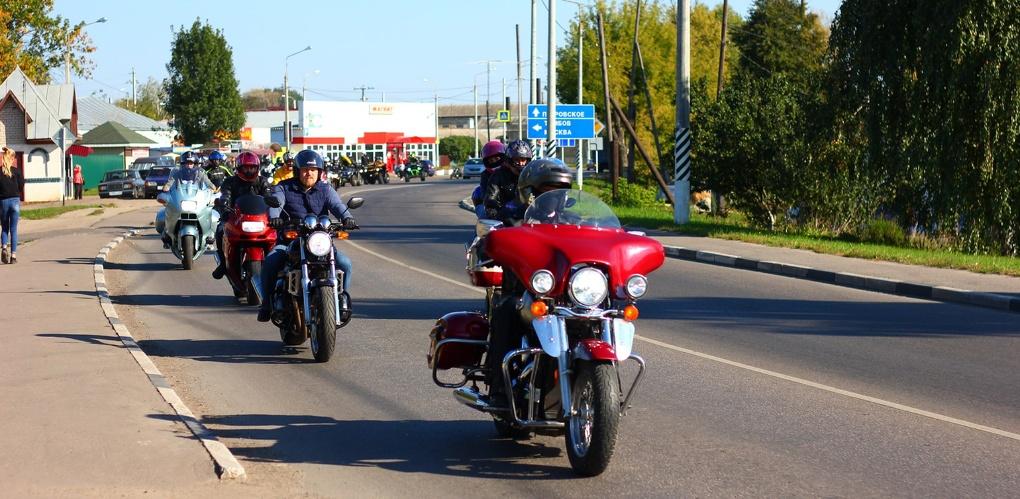 Колонна байкеров в наукограде: в Мичуринске закрыли мотосезон