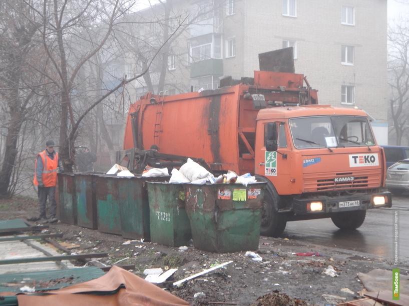 Тамбовские службы по уборке мусора трудятся в две смены