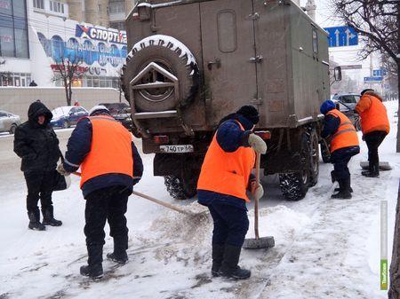 «Спецдорсервис» привлек к расчистке Тамбова от снега технику «сторонних организаций»