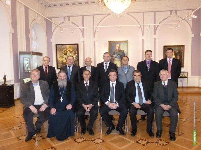 Тамбовский губернатор встретился с представителями национальных диаспор