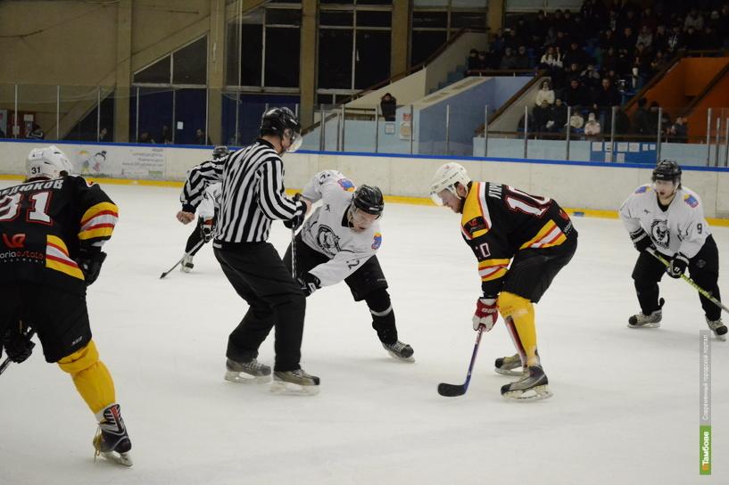 На льду «Кристалла» сойдутся 4 хоккейные дружины