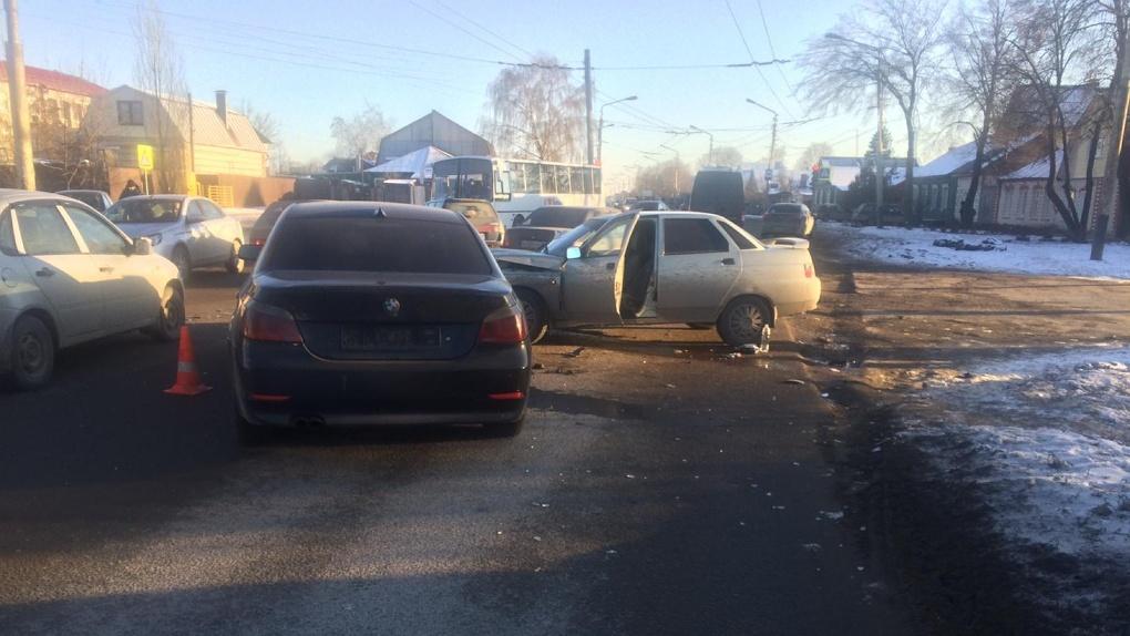 На самой проблемной улице Тамбова столкнулись сразу 4 авто