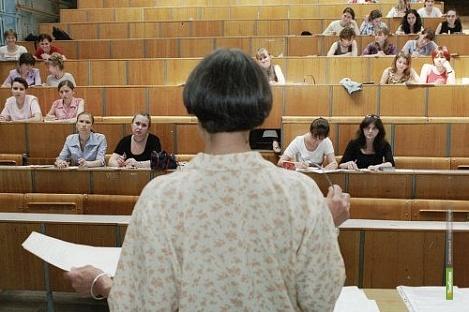 Преподаватели ссузов и профлицеев будут получать больше