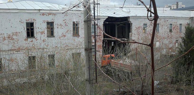 В здании разрушающегося бывшего военкомата должен находиться один из корпусов ТГУ