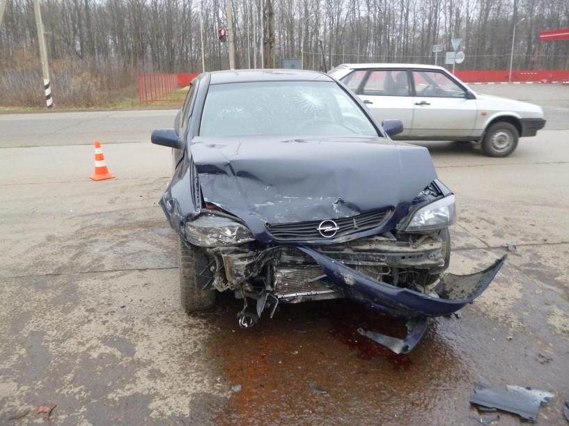 На трассе «Тамбов-Котовск» столкнулись две «легковушки»: есть пострадавший