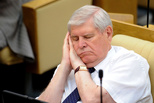 Не все депутаты одинаково полезны: Госдуму завалили бракованными законами