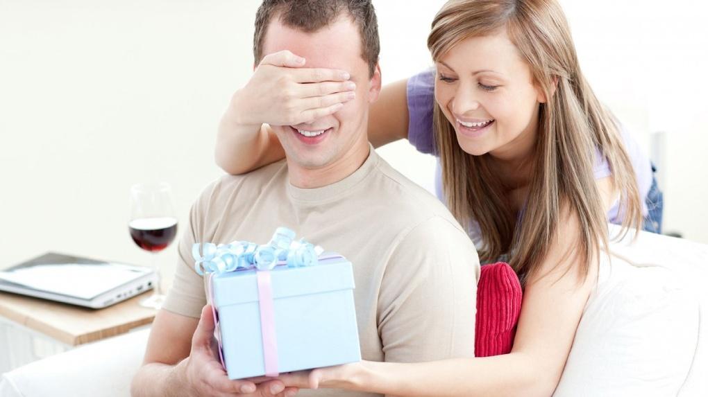 Активность против щедрости: как мужчины и женщины готовят подарки 14 февраля