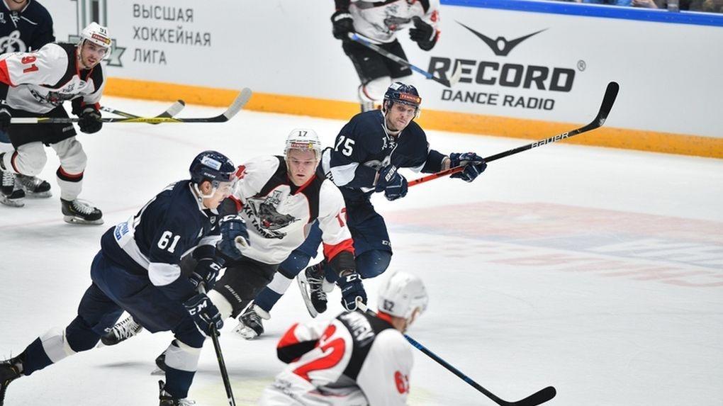 ХК «Тамбов» проиграл «Динамо СПб» и отстал от зоны плей-офф на 5 очков