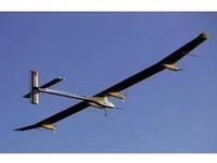 Самолет на солнечных батареях отправился в 24-часовой полет
