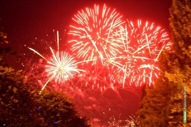 В предновогодний вечер в Тамбове запустят фейерверки на трёх площадках