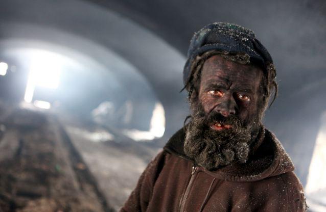 Самым грязным человеком Европы признан чех, спящий в пепле