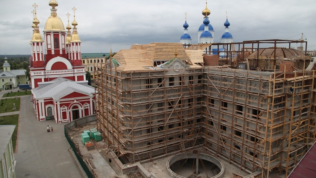 Самый поэтичный миллиардер России помог в строительстве духовной семинарии в Тамбове